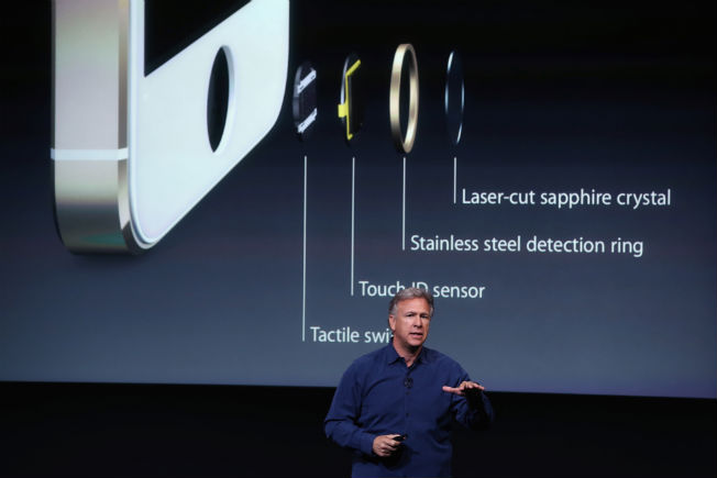 Apple iPhone 5S launched with fingerprint sensor in tow