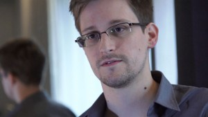 Edward Snowden issues 'call to arms' for tech firms to thwart government surveillance