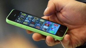 Smartphone users spend more time on apps: Study