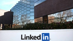 LinkedIn behind Twitter in popularity amongst salespeople: Survey
