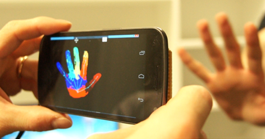 Microsoft researchers modify smartphone camera in to a Kinect-like 3D camera