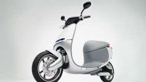 CES 2015 Live: Former HTC execs launch electric Gogoro Smartscooter that doesn't need to be plugged in