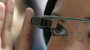 New Google Glass will take pictures by recognizing user's finger patterns, new patent reveals