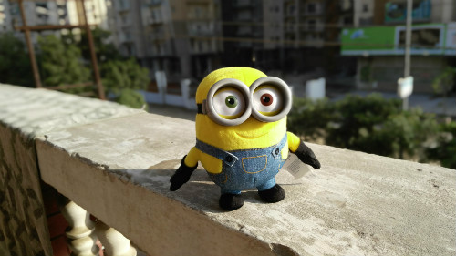 Minion Kissing Camera : Lenovo vibe shot review a camera phone that dares to be different