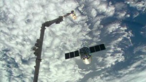 NASA cargo spacecraft begins delivering key science to ISS