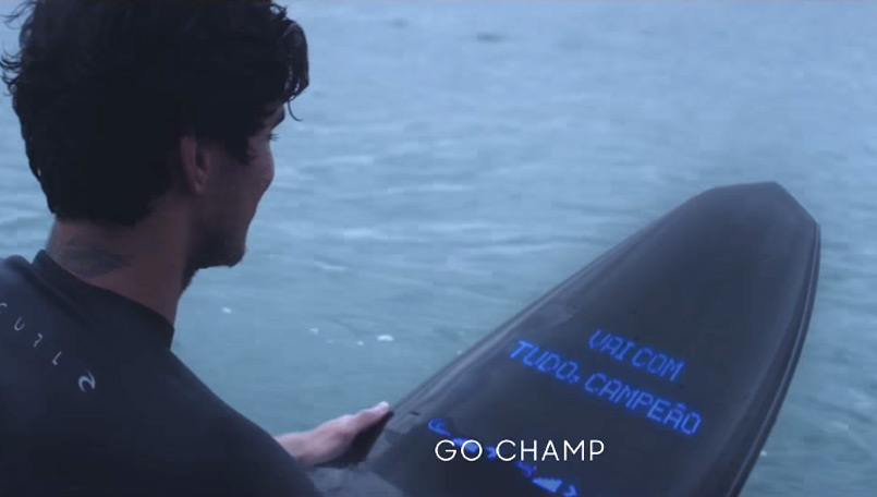 Samsung Galaxy Surfboard keeps surfers connected in the middle of an ocean, but do you really need one?